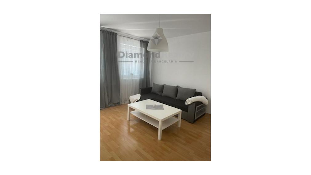 Na prenájom 2 izbový byt s terasou, Žarnova, Trnava